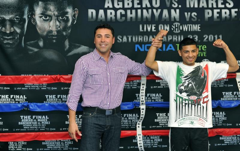 Oscar de la Hoya (Left) and undefeated WBC Silver Bantamweight Champion Abner Mares. Photo by Carlos Baeza